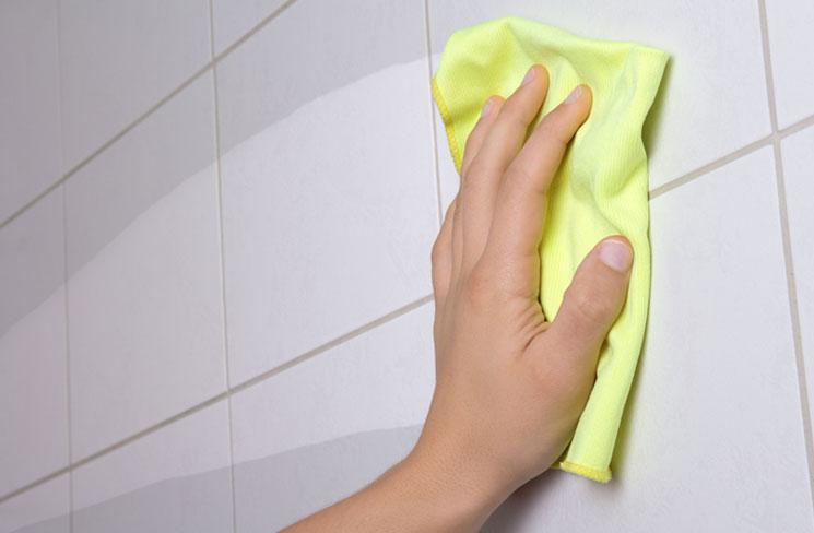 професионално почистване на баня