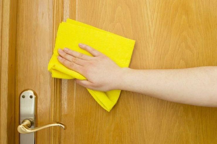 . Почистване на входна врата