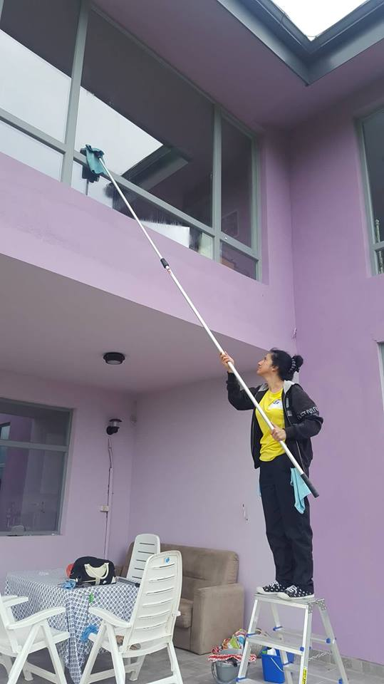 1.Почистване на домове в Бояна