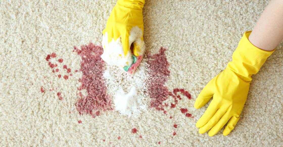 почистване на петна по килима